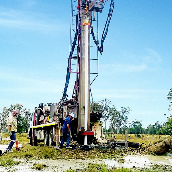 vertical water bore drill